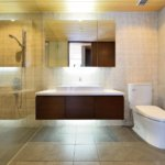 Panorama en suite bathroom
